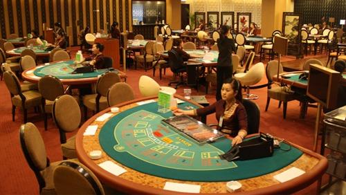 Daftar Main Casino Online IDN Live Resmi di QQPokeronline
